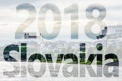 Donau, kasteel en de kathedraal van Heilige Martin ` s, Bratislava, PF 2018 Stock Foto's