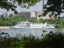 Donau på Braila, Rumänien, i sommaren Royaltyfri Foto