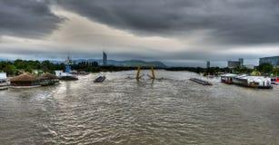 Donau som översvämmar Wien i Juni 2013 royaltyfria bilder
