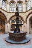 Donaunixenbrunnen en el Palais Ferstel, Viena, Austria Imágenes de archivo libres de regalías