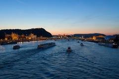 Donaupanorama i Budapest Arkivbild