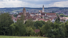 Donauwoerth是浪漫路的一个历史的城市在巴伐利亚,德国 免版税图库摄影