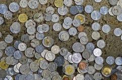 Donazione delle monete Fotografia Stock Libera da Diritti