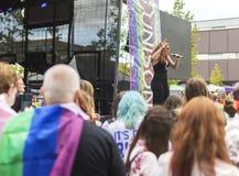 Doncaster dumy 19 Aug 2017 LGBT festiwal, Donna Ramsdale, Jess Zdjęcia Royalty Free