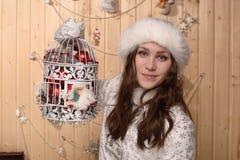doncella sonriente de la nieve Fotografía de archivo libre de regalías