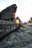 Donegal坟园在日出期间的爱尔兰在冬天 库存照片