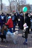 DONETSK - FEBRUARI 22: Het vieren van Russisch Maslenitsa-festival i Royalty-vrije Stock Afbeeldingen