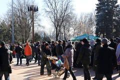 DONETSK - FEBRUARI 22: Het vieren van Russisch Maslenitsa-festival i Royalty-vrije Stock Fotografie
