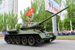 donetsk Ukraina, Maj - 9, 2018 Parada na cześć zwycięstwo w drugiej wojnie światowa zdjęcie stock