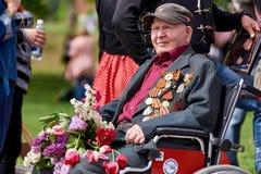 donetsk Ukraine - 9. Mai 2018 Parade zu Ehren des Sieges im Zweiten Weltkrieg lizenzfreie stockfotos