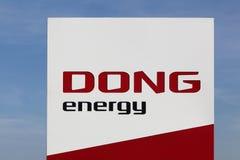 Dong Energy-Logo auf einer Platte Stockbilder