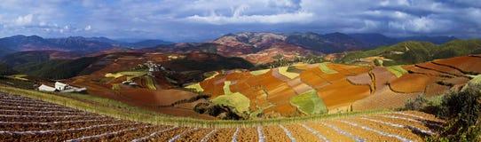 Dongchuan, Yunnan-Rotland stockbild