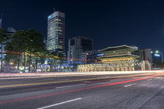 Dongdaemun στη εικονική παράσταση πόλης νύχτας στην Κορέα Στοκ εικόνες με δικαίωμα ελεύθερης χρήσης
