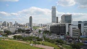 Dongdaemun GateHeunginjimun av Seoul, Sydkorea arkivfilmer