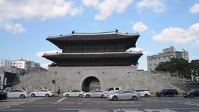 Dongdaemun GateHeunginjimun av Seoul, Sydkorea lager videofilmer