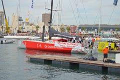 Dongfeng lopp Team Crew Set Sail On det första benet av det Volvo havloppet Royaltyfri Bild