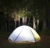 Donker kampeerterrein Royalty-vrije Stock Afbeelding