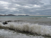 Donker onweers overzees landschap in de Zwarte Zee Royalty-vrije Stock Fotografie
