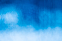 Donkerblauw en blauw met witte kleuren verwarde achtergrond Royalty-vrije Stock Foto