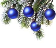 Donkerblauwe bal. Het nog-leven op een witte achtergrond Stock Afbeelding