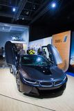 Donkerblauwe BMW-coupé royalty-vrije stock fotografie