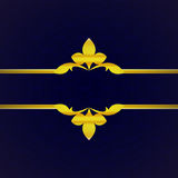 Donkerblauwe luxeachtergrond met gouden ornament van bloemblaadjeswijnoogst Royalty-vrije Stock Afbeelding