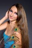 Donkerbruin professioneel make-upmeisje Stock Foto's