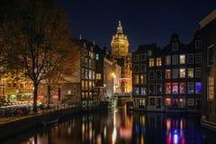 Donkere avond in Amsterdam Stock Afbeelding