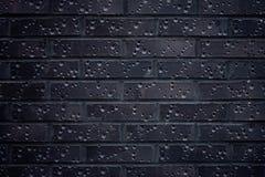 Donkere Bakstenen muur Stock Afbeeldingen