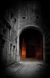 Donkere binnenplaats stock fotografie