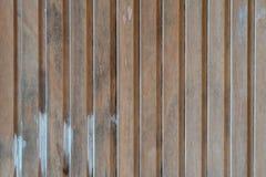 Donkere bruine houten het patroonachtergrond van de muurtextuur Stock Foto's