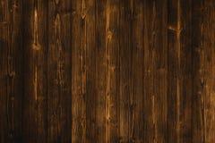 Donkere bruine houten textuur met natuurlijke gestreepte patroonachtergrond Stock Afbeeldingen