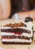 Donkere chocoladecake Royalty-vrije Stock Afbeeldingen