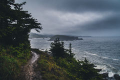 Donkere dag bij de kust Royalty-vrije Stock Afbeelding