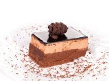 Donkere dichte omhooggaand van de chocoladecake Stock Fotografie