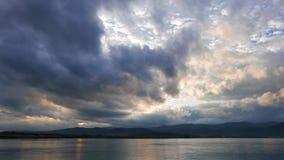 Donkere Egeïsche Zonsopgang in de Herfst 06 Keer Tijdspanne stock videobeelden