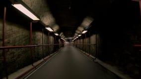 Donkere en enge ondergrondse lege tunnel stock videobeelden