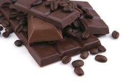 Donkere en melkachtige chocoladereep Stock Afbeelding