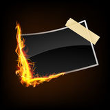 Donkere fotografie, beeld in brandvlammen Stock Fotografie