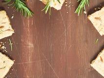 Donkere houten achtergrond met de winterkoekjes Royalty-vrije Stock Afbeelding