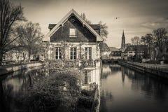 Donkere mening van Straatsburg en de rivier Royalty-vrije Stock Foto's