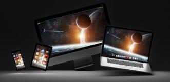 Donkere moderne computerlaptop mobiele telefoon en tablet het 3D teruggeven Stock Afbeeldingen