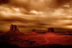 Donkere onweren Stock Foto's
