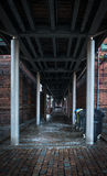 Donkere passageachtergrond Royalty-vrije Stock Afbeeldingen