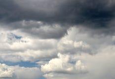 Donkere stormachtige syachtergrond Royalty-vrije Stock Foto