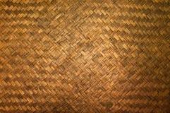 Donkere Textuur van het detail van het bamboeambacht, Patroon van Thaise de textuurachtergrond van het stijlbamboe handcraft Stock Fotografie