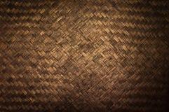 Donkere Textuur van het detail van het bamboeambacht, Patroon van Thaise de textuurachtergrond van het stijlbamboe handcraft Stock Afbeeldingen