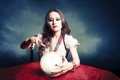 Donkere uitstekende foto van een zigeuner Royalty-vrije Stock Afbeelding