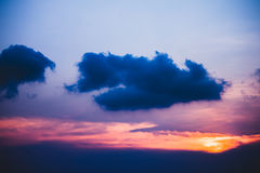Donkere wolk royalty-vrije stock afbeelding