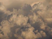 Donkere wolken Stock Foto